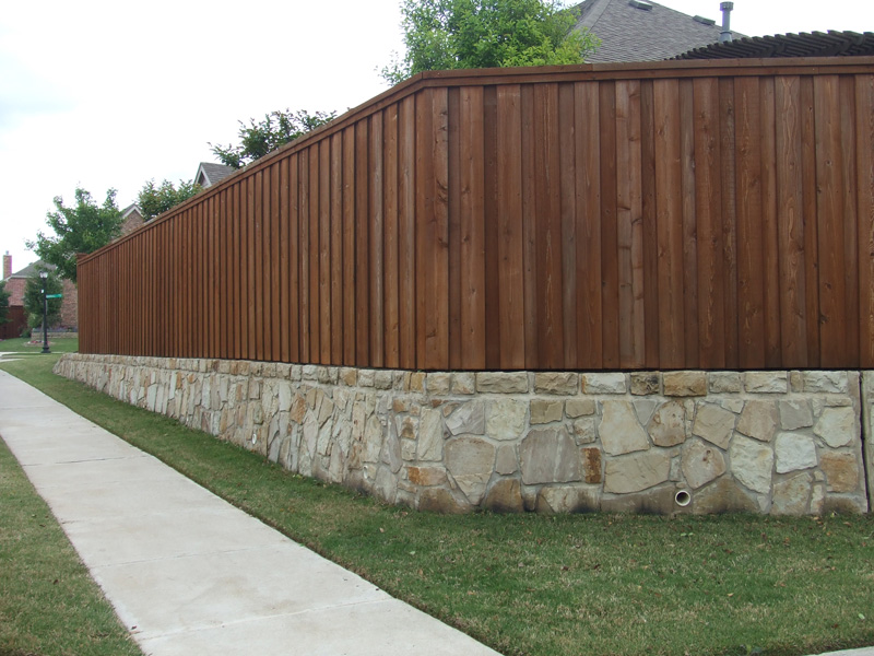 Fence staining and restoration Sable color